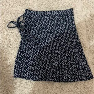 Brandy Melville wrap skirt one size
